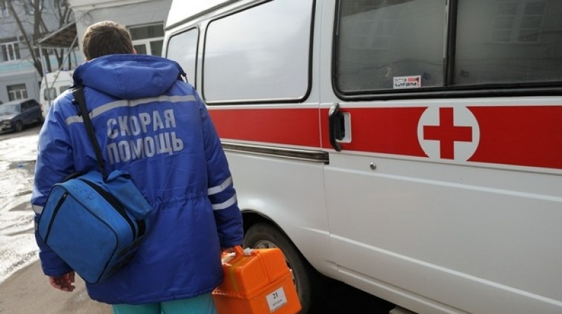 Двум фельдшерам скорой помощи, опоздавшим к больному, выплатят компенсацию за моральный ущерб