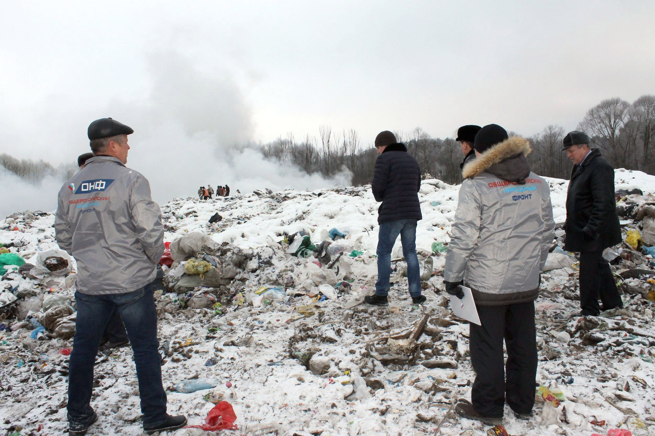 Свалка мусора в Шумерле